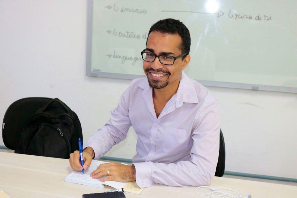 Autor Thiago Pinho