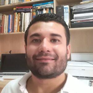 Bruno Mandelli - Professor de História e Doutorando pela UFRGS.